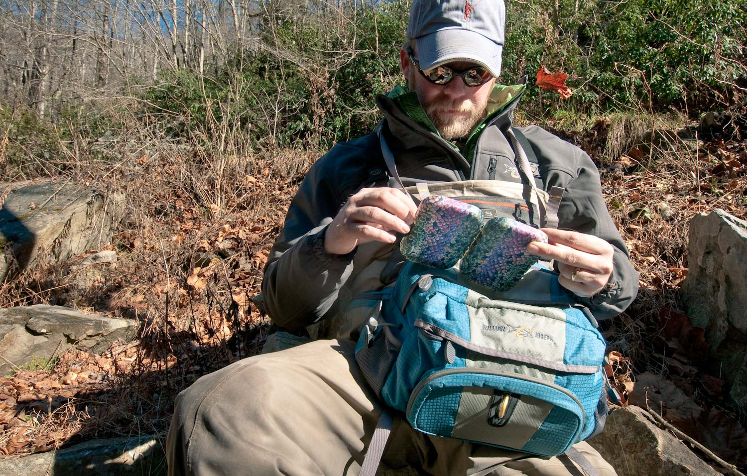 Fly fishing waist pack fly fishing gink and gasoline for Fly fishing packs