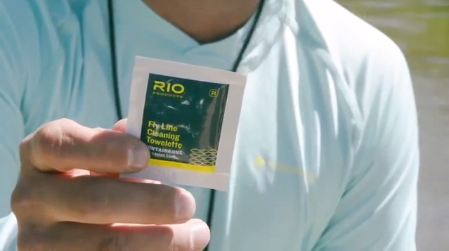 rio-cleaning-towelette